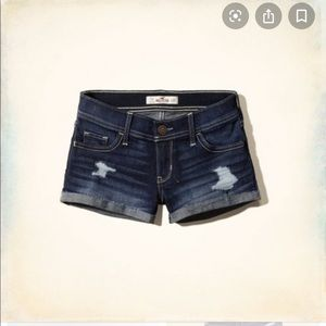 Hollister Short-Short Low Rise Denim Shorts